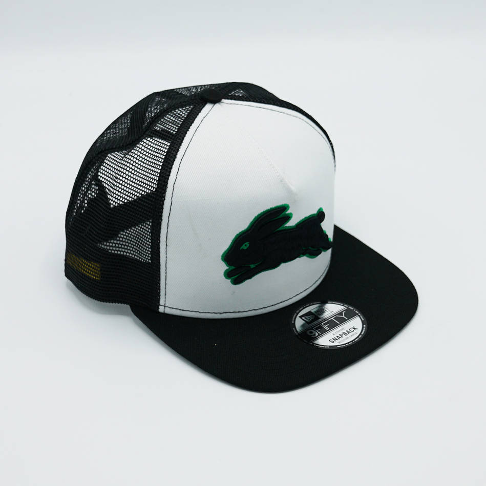 New Era Green Outline Trucker Cap0