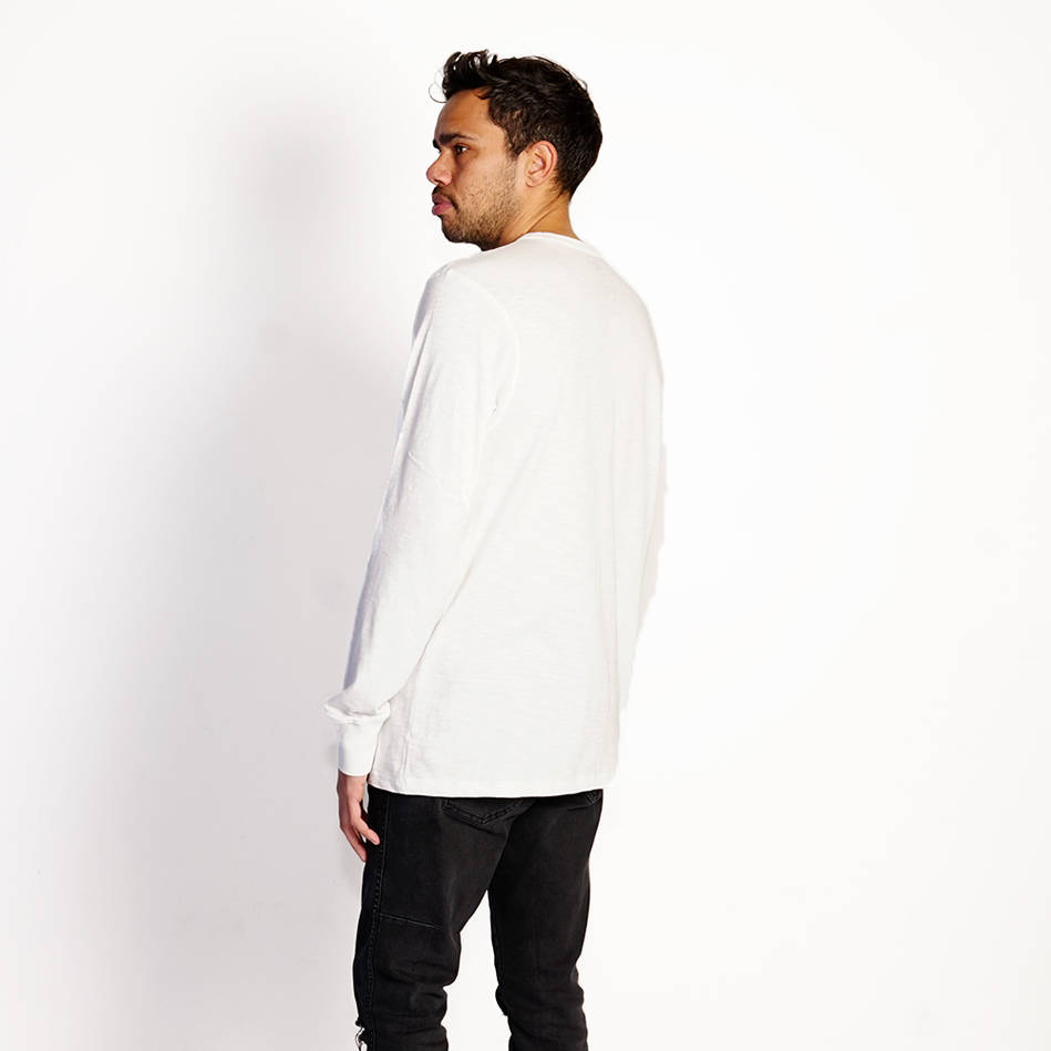 mainMens 47 White Longsleeved T-shirt1